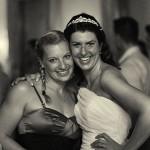Braut und Freundin auf Hochzeit - Reportage Fotograf Ulf Pieconka