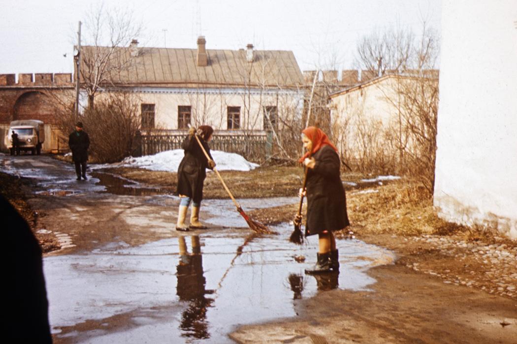 Frauen - Peter und Paul - Leningrad 1971