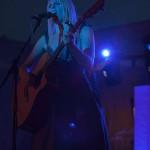 Coby Grant in Rimpar - blue light on stage - Fotograf Ulf Pieconka 2