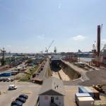 Lloyd-Werft mit der Polarstern im Trockendock
